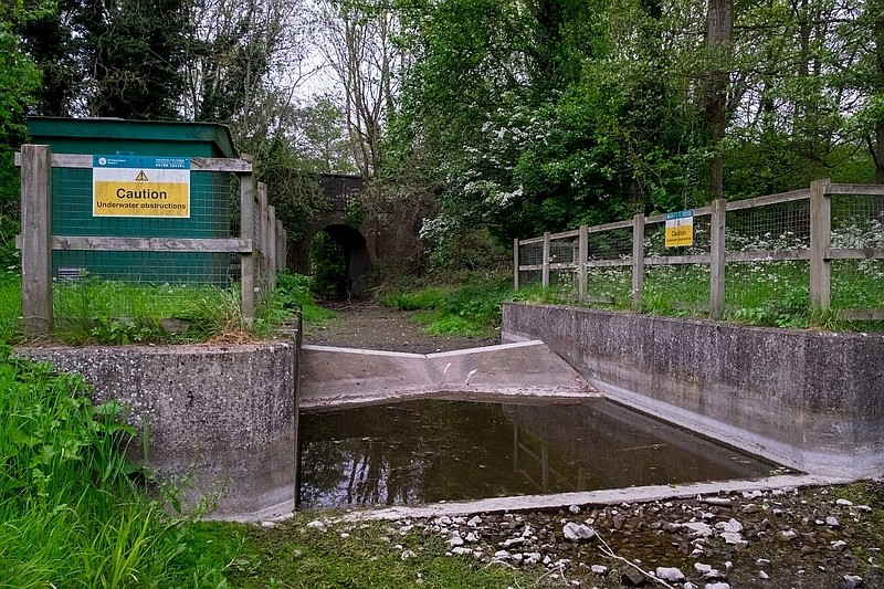 Dry Chilterns chalk streams - a simple but revolutionary solution